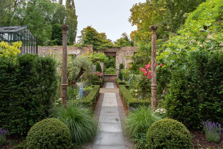 Ruinengarten, Planung: Büro Landschaftsarchitekt Volker Püschel, Foto: Sybille Pietrek, Gartenfotografie